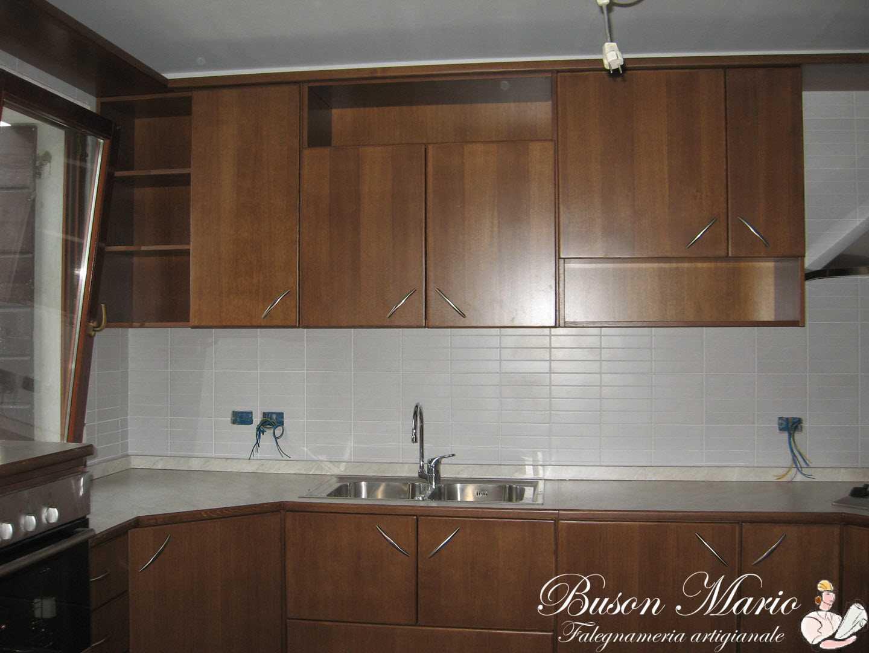 Cucine e arredamenti in legno falegnameria buson mario snc for Produzione cucine